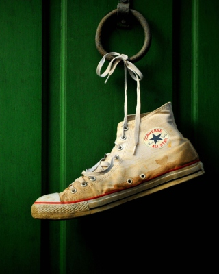 Sneakers - Obrázkek zdarma pro iPhone 5