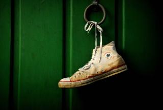 Sneakers - Obrázkek zdarma pro HTC Desire HD