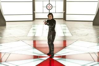 Resident Evil: Retribution - Alice - Obrázkek zdarma pro LG P970 Optimus