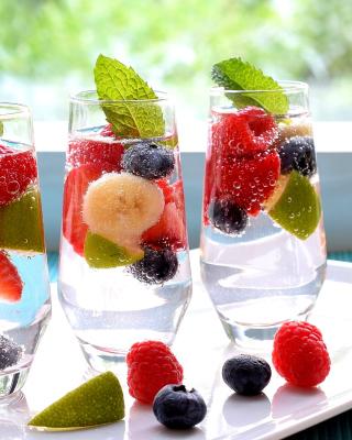 Berries Nonalcoholic Cocktail - Obrázkek zdarma pro 480x854