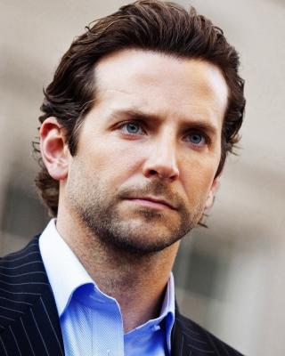 Bradley Cooper - Obrázkek zdarma pro Nokia Asha 202