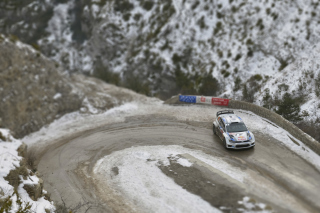 Volkswagen Winter Rally Wallpaper for Android, iPhone and iPad
