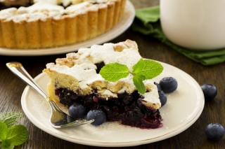Classic Blueberry Pie Background for Android, iPhone and iPad