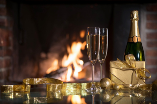 Free Champagne and Fireplace Picture for Android, iPhone and iPad