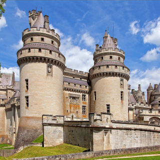 Chateau de Pierrefonds in France - Obrázkek zdarma pro 320x320