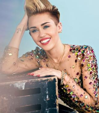 Miley Cyrus 2014 - Obrázkek zdarma pro Nokia Lumia 710