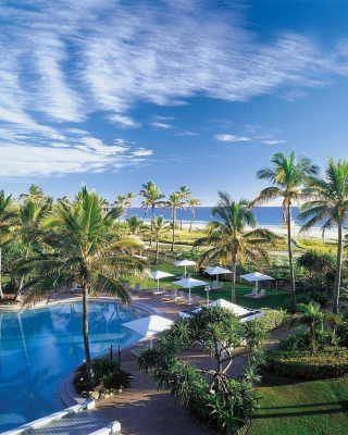 Resort on Ocean Bay - Obrázkek zdarma pro iPhone 6 Plus