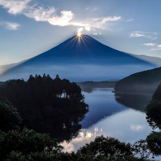 Japan, Volcano Fuji - Obrázkek zdarma pro iPad mini 2