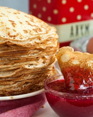 Russian pancakes with jam - Obrázkek zdarma pro 480x854