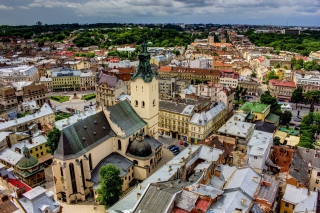 Lviv, Ukraine Background for Android, iPhone and iPad