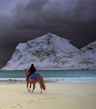 Horse Riding On Beach - Obrázkek zdarma pro Nokia Lumia 520