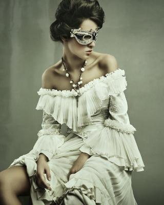 Woman in Mask - Obrázkek zdarma pro Nokia Asha 503