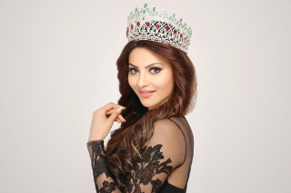 Urvashi Rautela Miss World Background for Android, iPhone and iPad