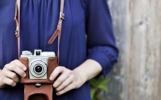 Old-Fashioned Photo Camera - Obrázkek zdarma pro Samsung B7510 Galaxy Pro