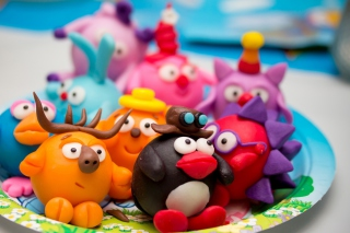 Plasticine Figurines Picture for Android, iPhone and iPad