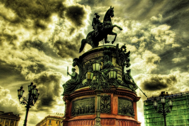 Monument to Nicholas I in Saint Petersburg wallpaper