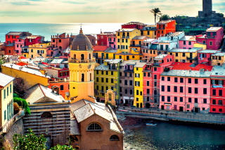 Free Colorful Italy City Picture for Android, iPhone and iPad