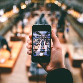 IPhone Photo - Obrázkek zdarma pro iPad 2