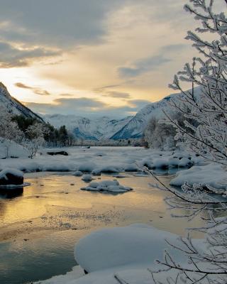 Winter Outdoor Image - Obrázkek zdarma pro 128x160