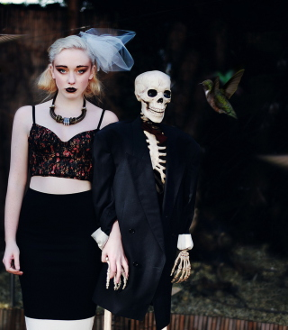 Skeleton's Bride - Obrázkek zdarma pro Nokia C-Series