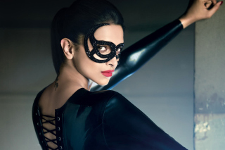 Free Deepika Padukone in Mask Picture for Android, iPhone and iPad