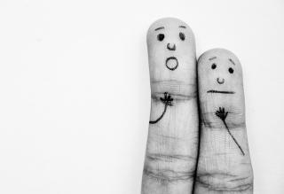 Emotional Fingers - Obrázkek zdarma pro Nokia Asha 201