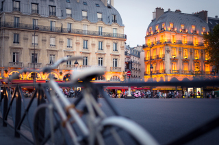 France, Paris Street Background for Android, iPhone and iPad