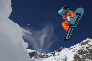 Free Extreme Snowboarding Picture for Android, iPhone and iPad
