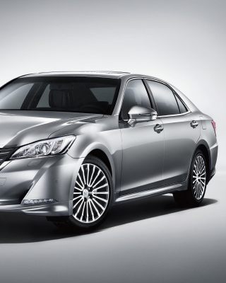 Toyota Crown 2015 - Obrázkek zdarma pro 240x432