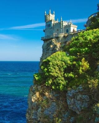 Swallows Nest Castle near Yalta Crimea - Obrázkek zdarma pro 240x400