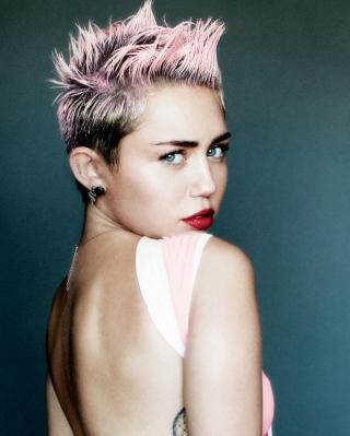 Miley Cyrus For V Magazine - Obrázkek zdarma pro Nokia Lumia 710