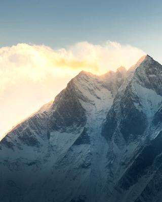 Everest in Nepal - Obrázkek zdarma pro Nokia Asha 203