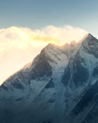 Everest in Nepal - Obrázkek zdarma pro 320x480