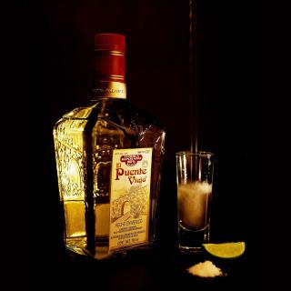 El puente Viejo Tequila with Salt - Obrázkek zdarma pro 1024x1024