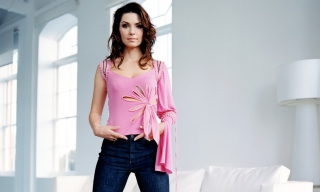 Shania Twain Picture for Android, iPhone and iPad