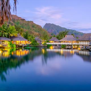 French Polynesia Beach Resort - Obrázkek zdarma pro 1024x1024