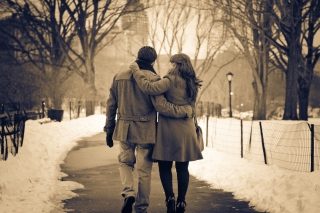 Free Lovers In Winter Picture for Android, iPhone and iPad