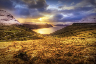 Free Faroe Islands Landscape Picture for Android, iPhone and iPad