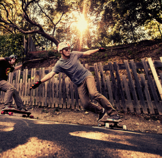 Skateboarding - Obrázkek zdarma pro iPad 2