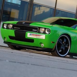 2011 Dodge Challenger SRT8 392 - Obrázkek zdarma pro 320x320