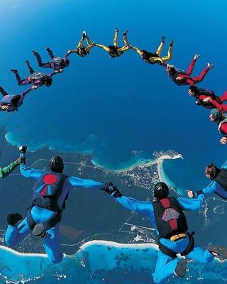 Figures of Parachuting - Obrázkek zdarma pro 240x320