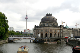 Berlin Attractions Picture for Android, iPhone and iPad