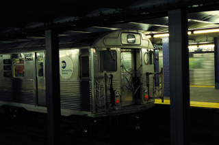 Free Underground Train Picture for Android, iPhone and iPad