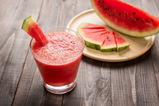 Free Slices of watermelon Picture for Android, iPhone and iPad