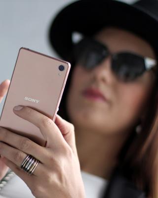 Sony Xperia Z3 Selfie - Obrázkek zdarma pro Nokia Lumia 928