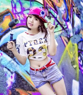 Cute Asian Graffiti Artist Girl - Obrázkek zdarma pro Nokia C2-00