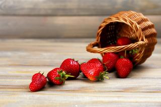 Strawberry Fresh Berries - Obrázkek zdarma pro Sony Xperia Z2 Tablet