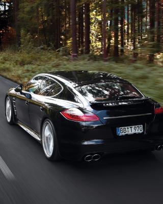 Porsche Panamera Turbo - Obrázkek zdarma pro Nokia Asha 310