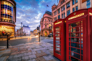 London Phone Booths Background for Android, iPhone and iPad
