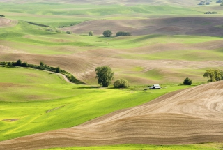 Countryside Landscape Background for Android, iPhone and iPad